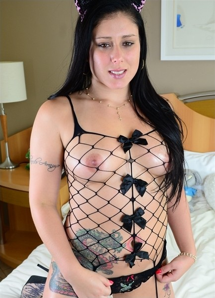 Black pornstar with braces
