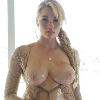 Skyla Novea stars in Lust Unleashed 9.