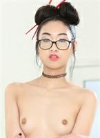 Eva Yi pornstar videos.
