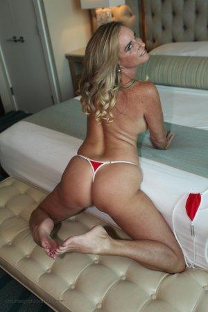 Hot Red Bikini Image