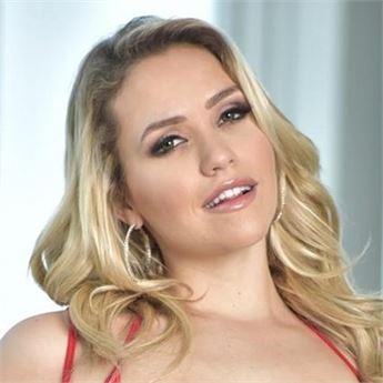 Porn star Mia Malkova.