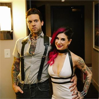 Pornstar Small Hands and Joanna Angel strike a pose.